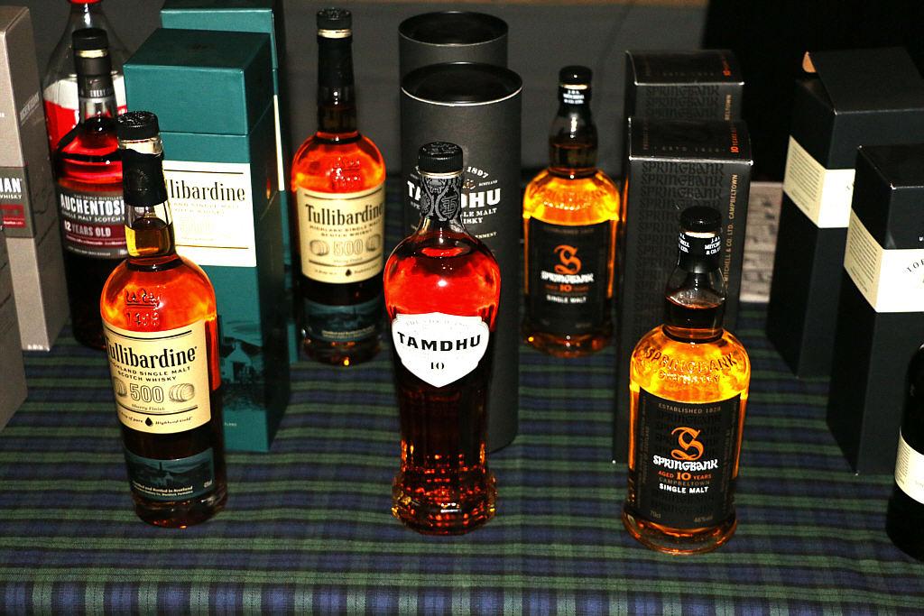 Whiskey02.jpg