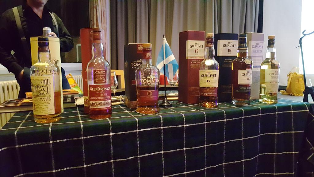 Whisky_Abend_02.jpg
