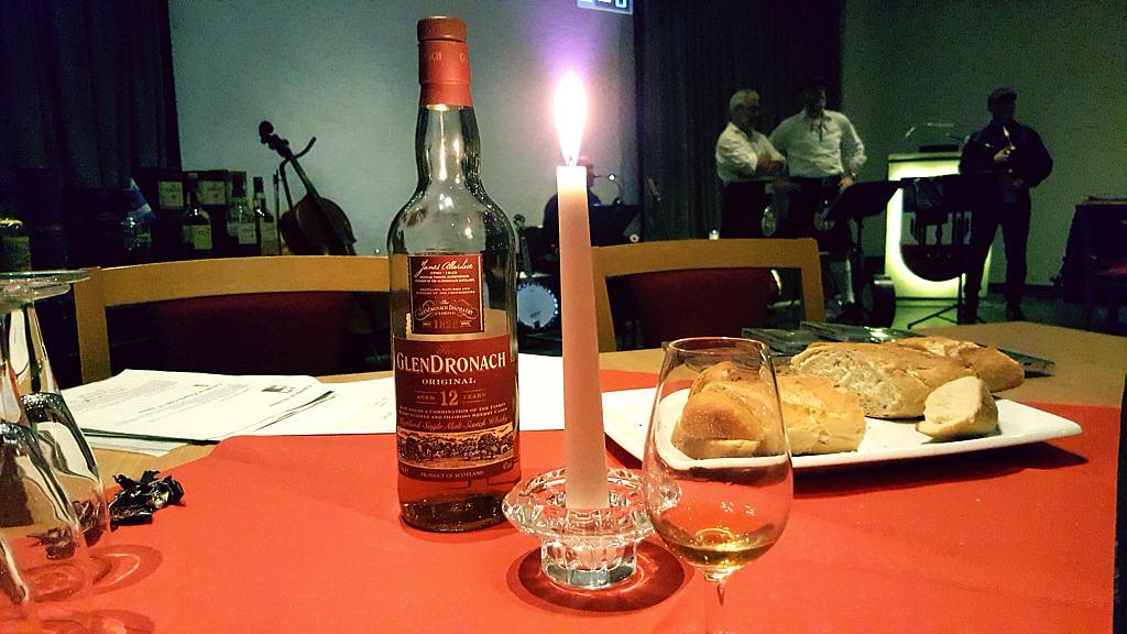 Whisky_Abend_09.jpg